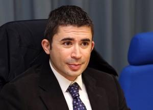 L'assessore al Personale Silvio Paolucci