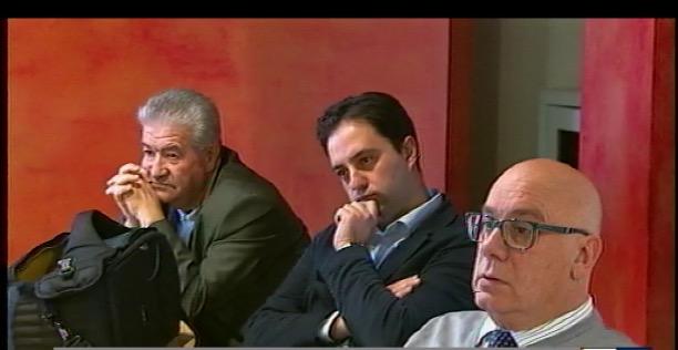D'Alessandro assiste alla conferenza stampa