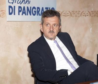 Il sindaco Gianni Di Pangrazio