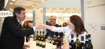 Vinitaly bipartisan