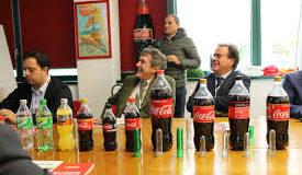 La Coca Cola minaccia la fuga